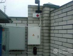 Фото охранной сигнализации GSM – датчики периметра и сирена