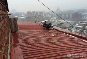Испытание ограждения крыш